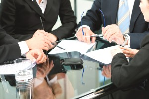 Buyers signing an arbitration clause in a real estate contract